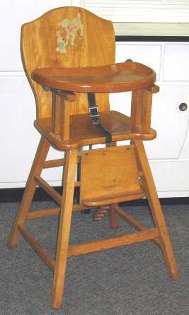 - 585: 1950s Vintage Baby High Chair W Decals
