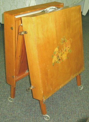 586: 1950s Vintage Folding Baby Crib w Decals