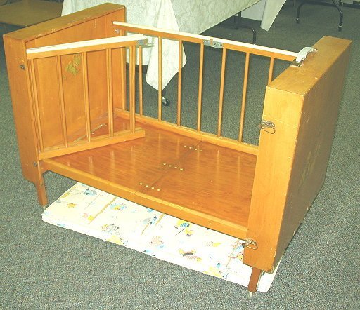 586: 1950s Vintage Folding Baby Crib w Decals - 2