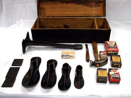 1157: Antique Cobbler Set in Box W/Shoe Lasts & More