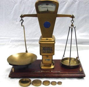 1217: Antique Autobac True Weight System Balance Scale