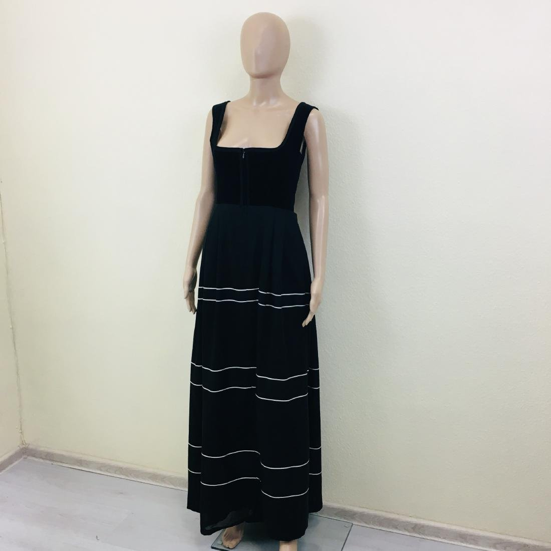 Vintage Women's Black Tyrolean Drindl Dress - 2