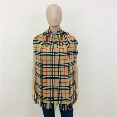 Vintage Burberry 100% Lambswool Scarf ... 26a3aa29b9