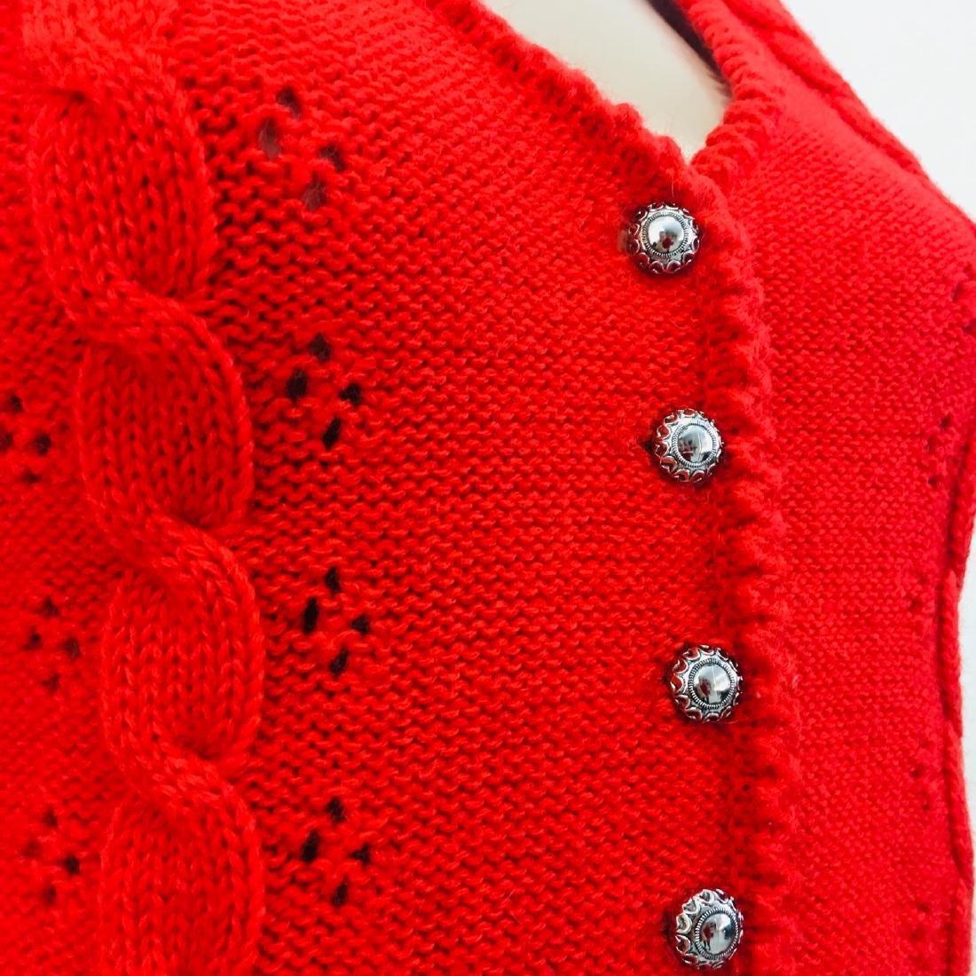 Women's Austrija Strick-Modelle Wool Blend Waistcoat - 5