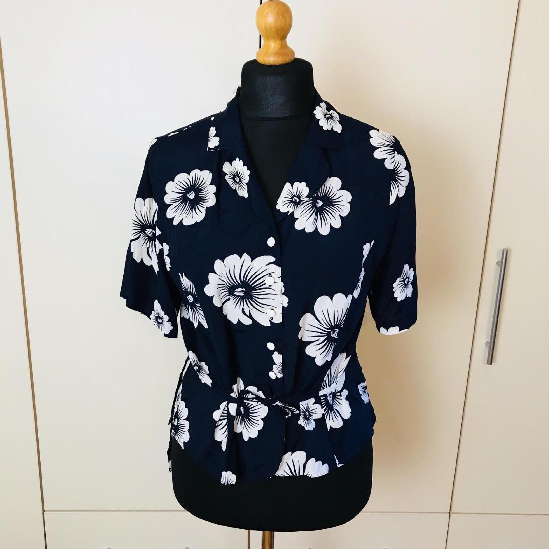 Vintage Women's Navy Blue Blouse Shirt Top