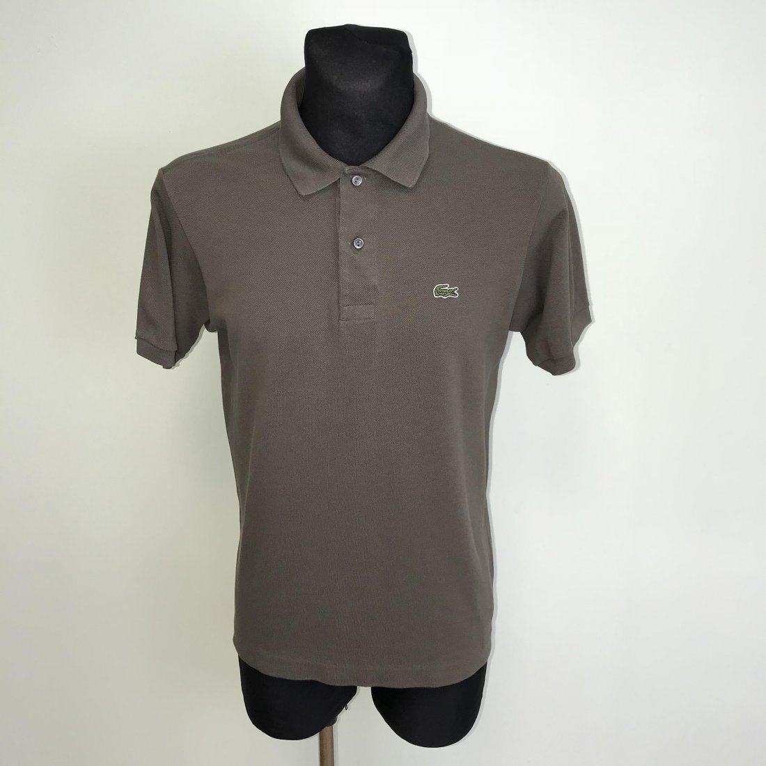 fbeef021d005d Men's Lacoste Polo Shirt Size 3 / S on LiveAuctioneers