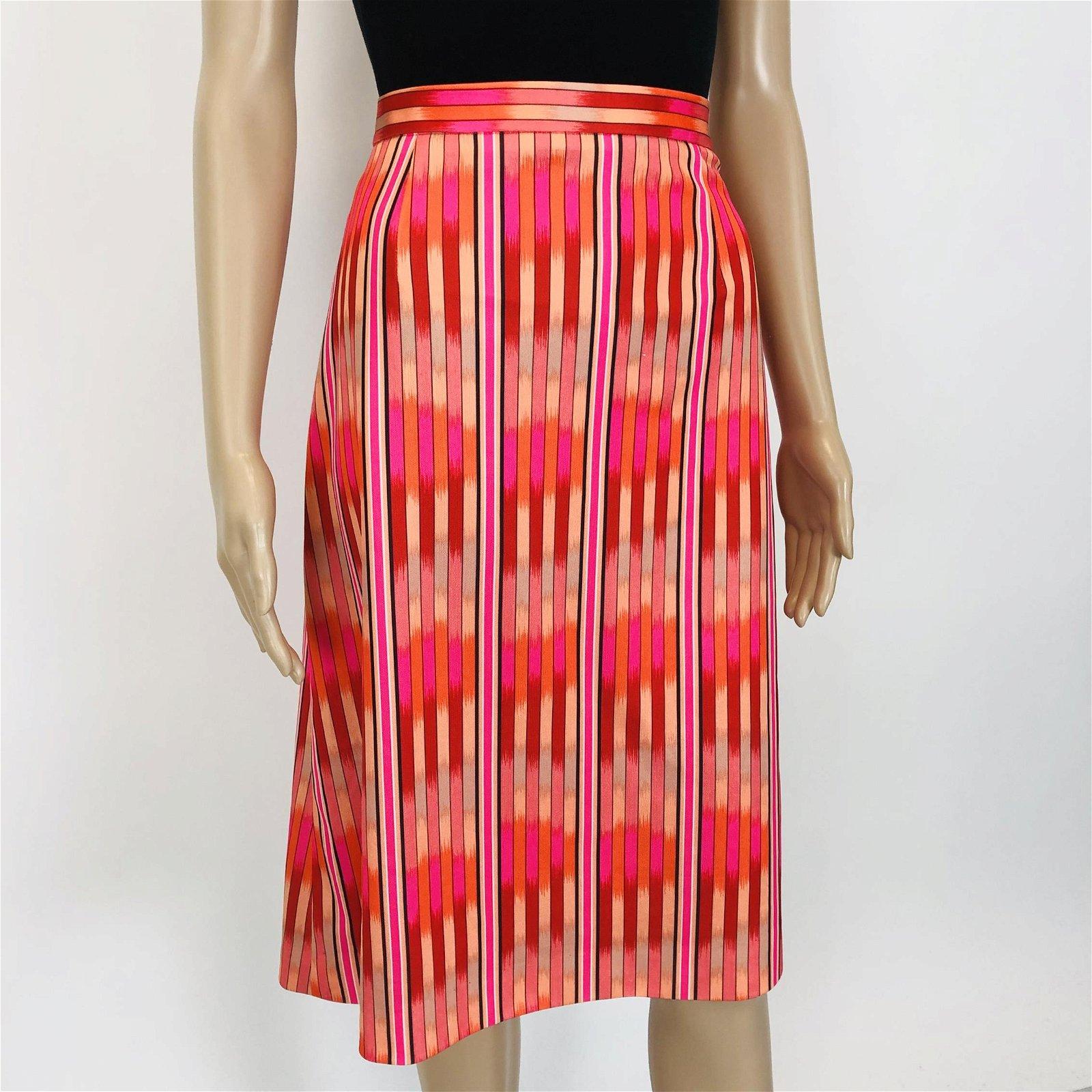 Vintage Women's Colorful Knee Length Skirt EUR 42 US 12