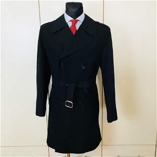 Vintage Men's Black Trench Coat Size US 40 / EUR 50