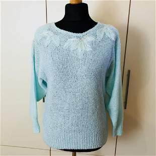 Vintage Women's Blue Acrylic Sweater