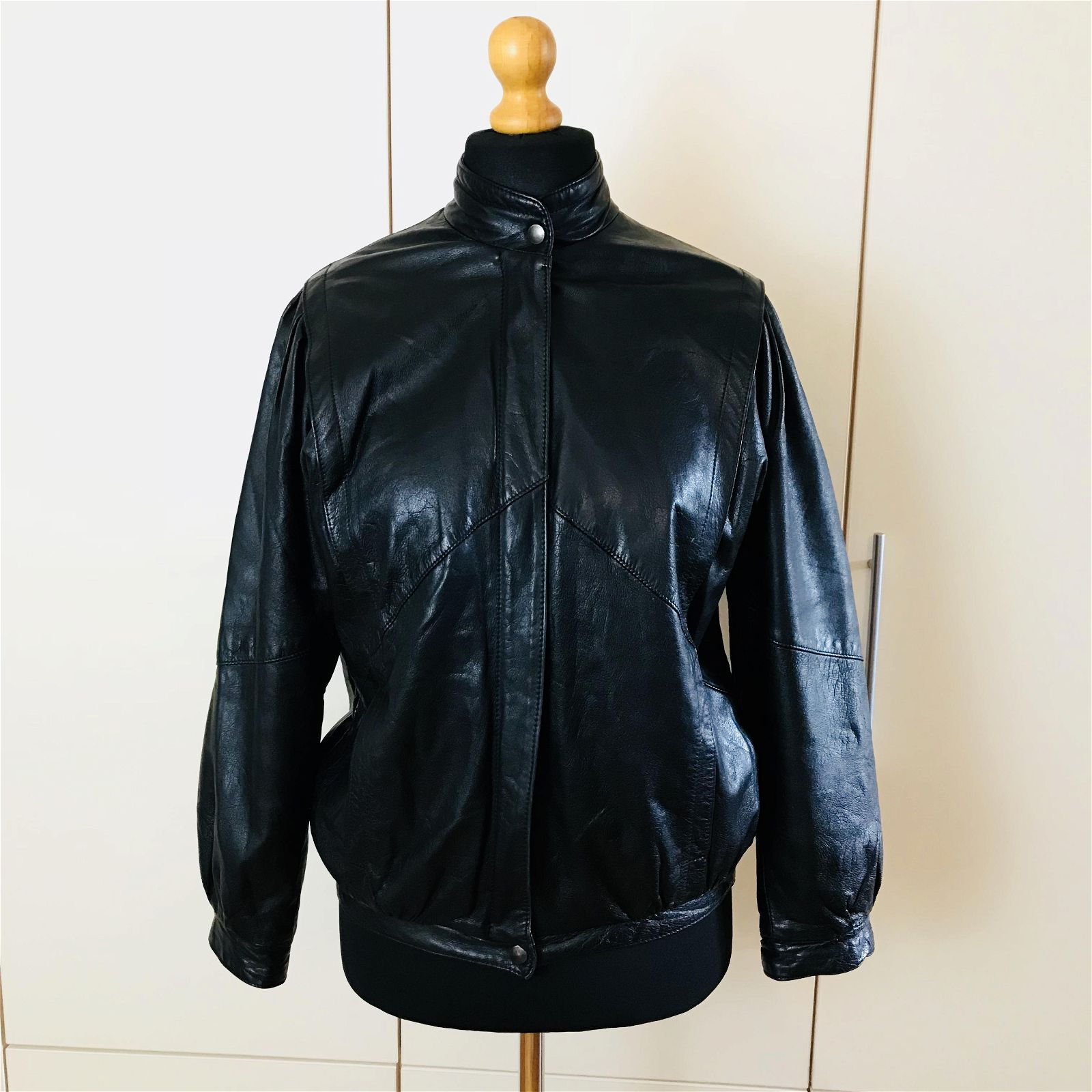 Vintage Women's Black Leather Jacket Coat