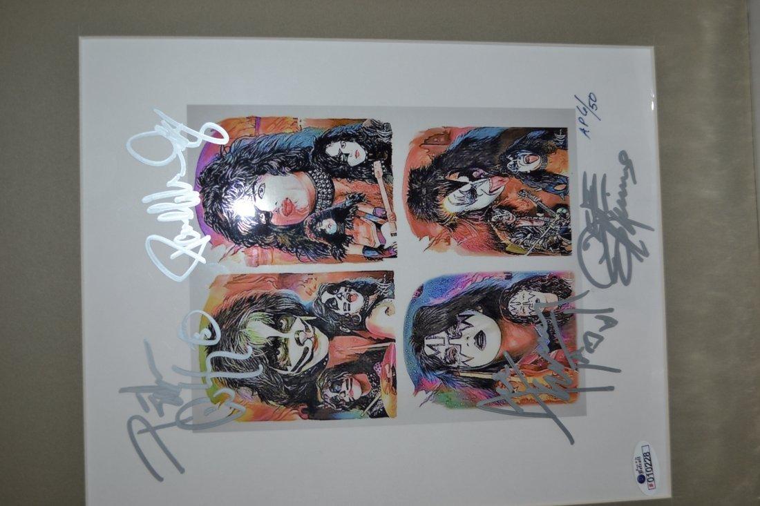 Kiss Autograph Photo. Kiss Sign Art work. Kiss Art Sign - 2