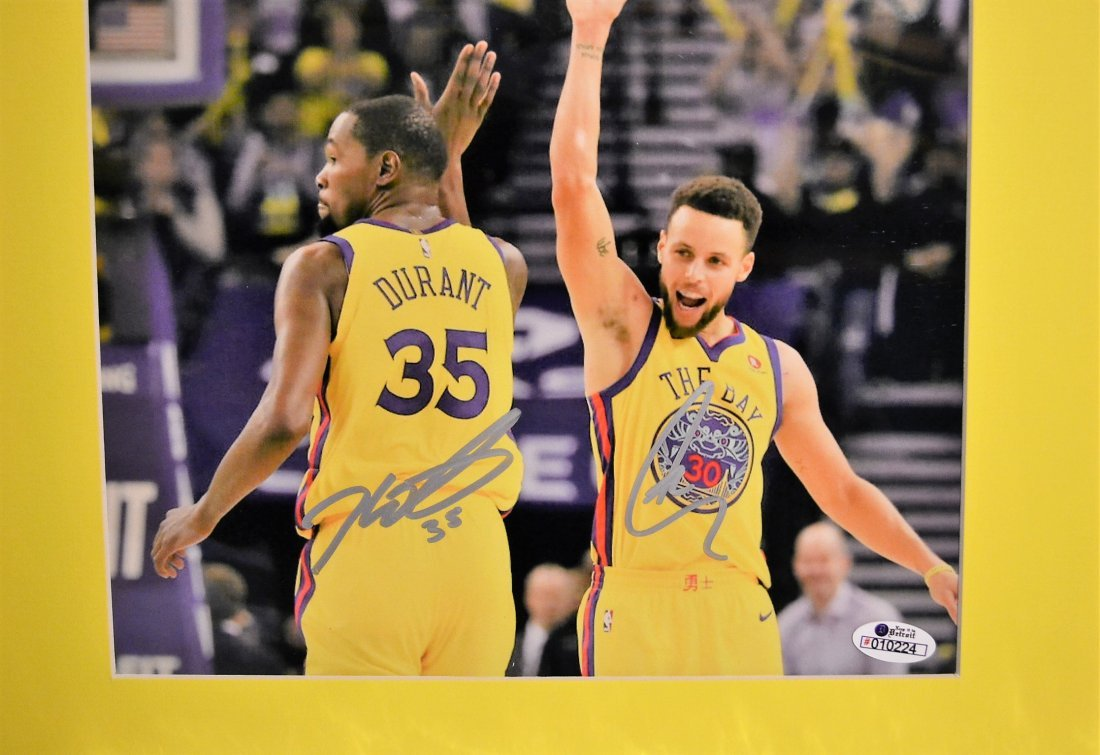 Golden State Warriors Autograph Photo. GSW Sign Photo