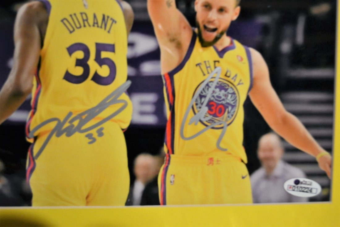 Golden State Warriors Autograph Photo. GSW Sign Photo - 2