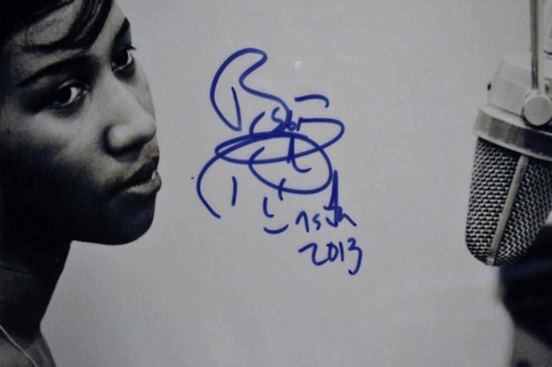 Aretha Franklin Autograph Photo, Aretha Franklin Sign - 3