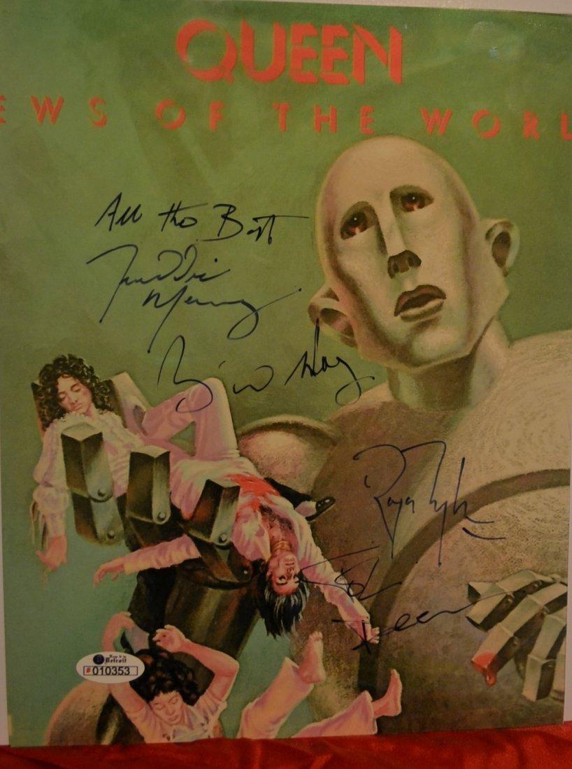 Queen Autograph Photo, Queen Sign Photo. Freddy Mercury