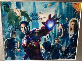 Avengers Autograph Photo , the Avengers Sign Photo