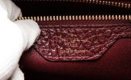 Louis Vuitton  Shoulder Bag - 7