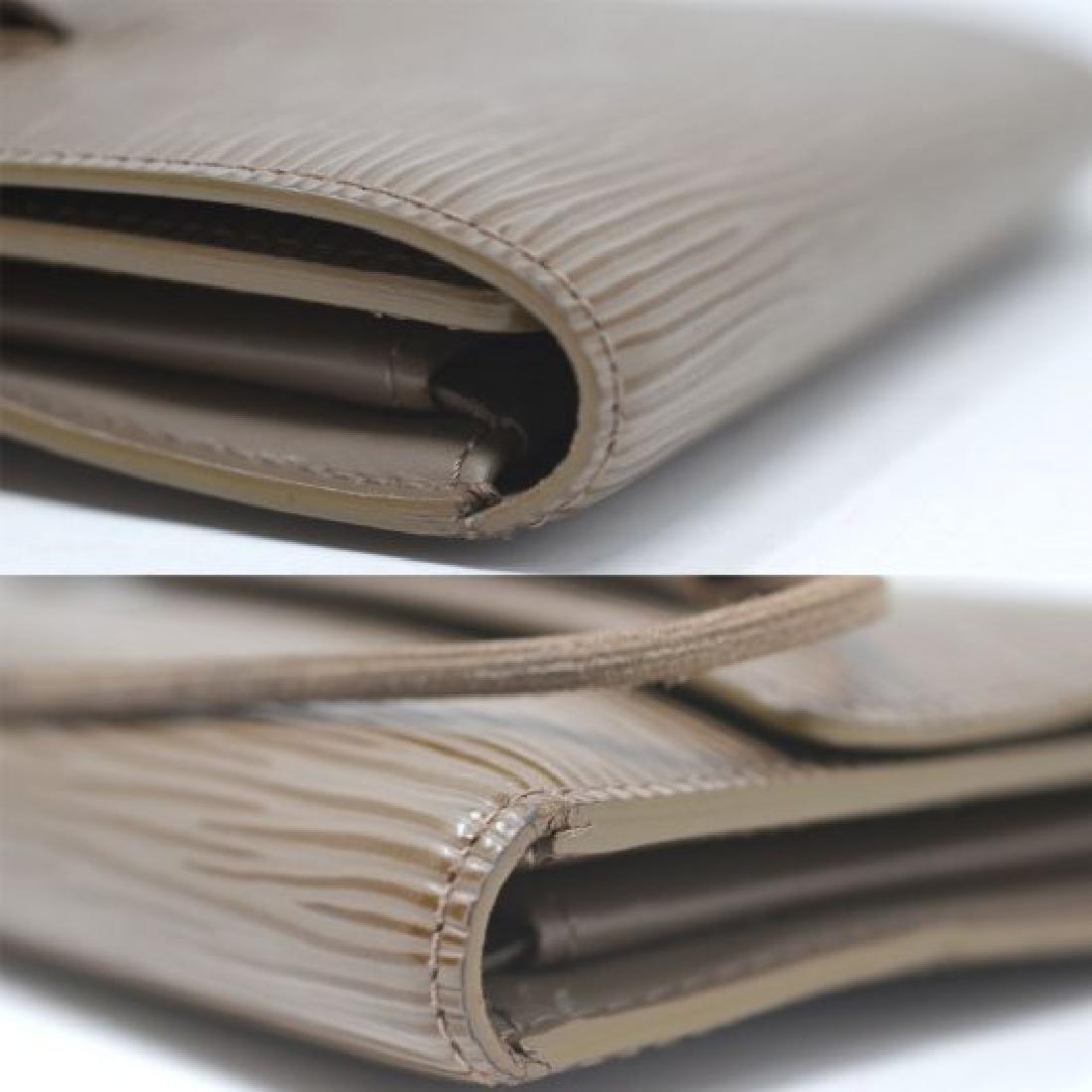 Louis Vuitton  Epi Leather Wallet - 9