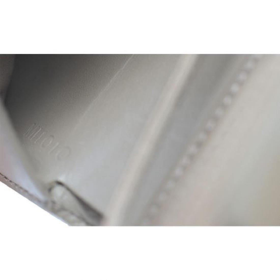 Louis Vuitton  Epi Leather Wallet - 8