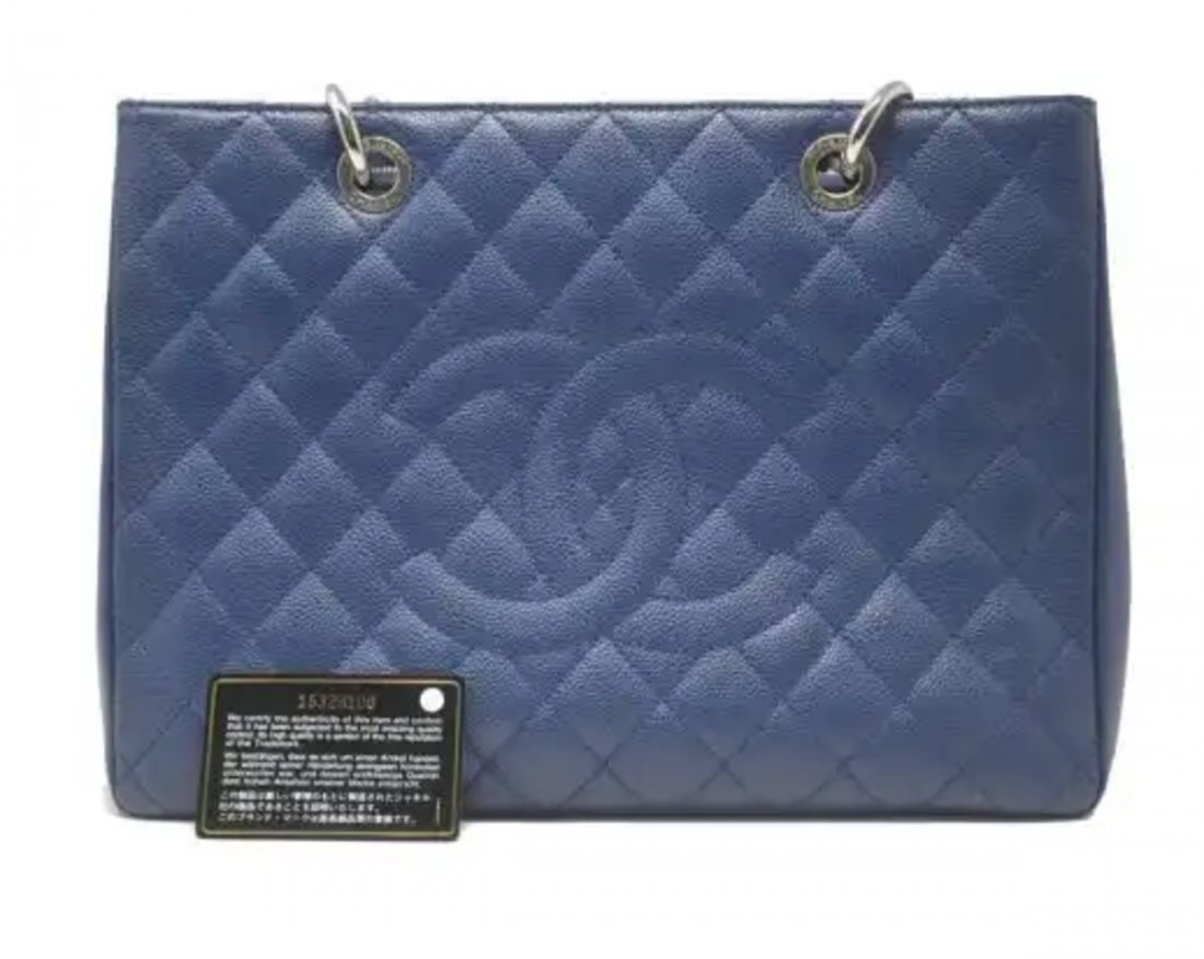 Chanel Caviar Jumbo Single Flap Bag