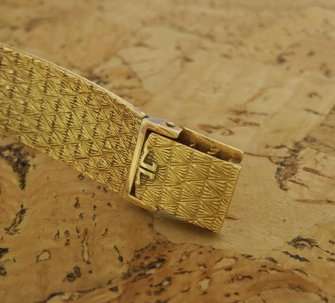 Jaeger LeCoultre Mystery in Yellow Gold Bark Finishing - 4