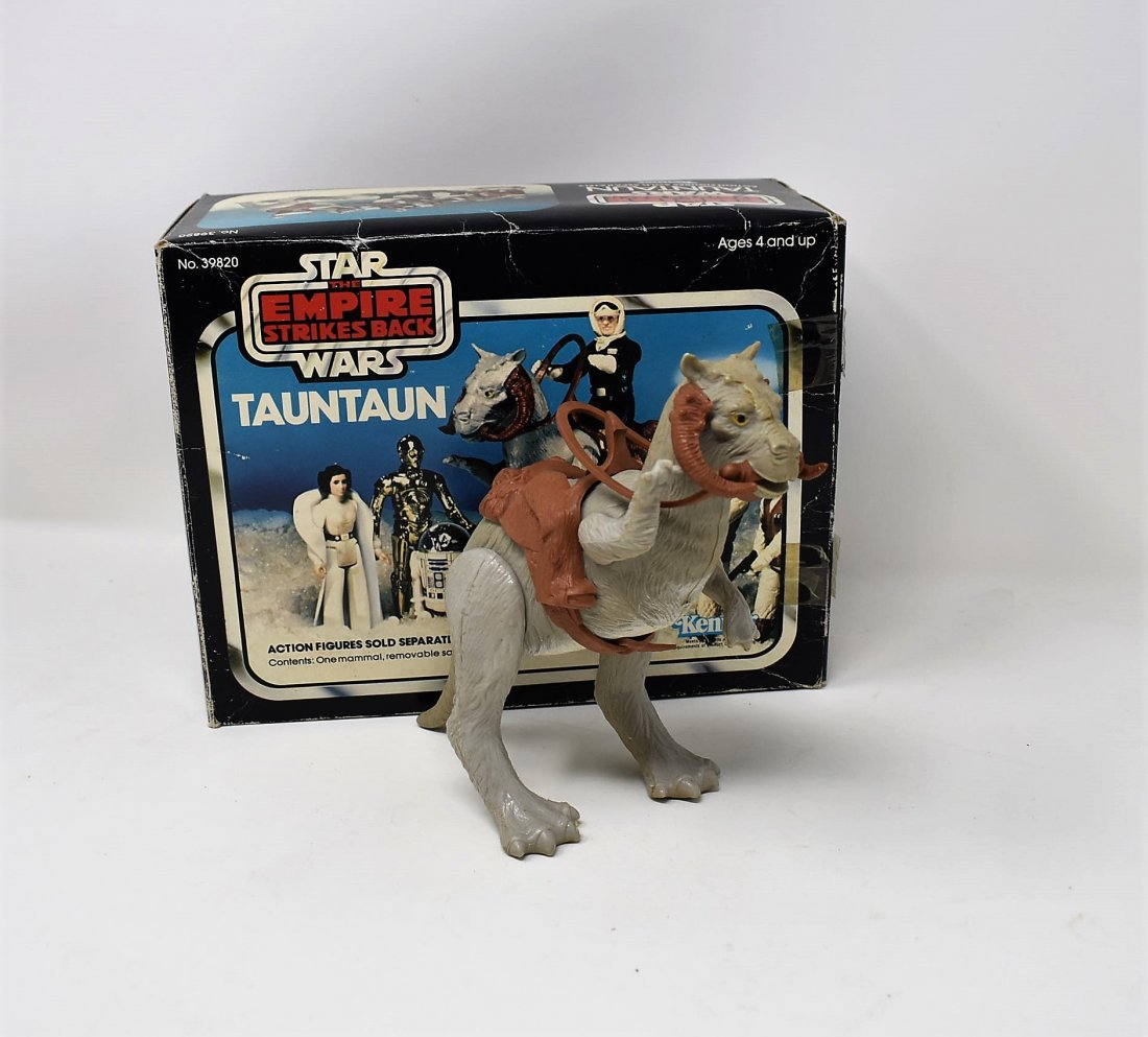 Star Wars Empire Strikes Back Tauntaun with Box