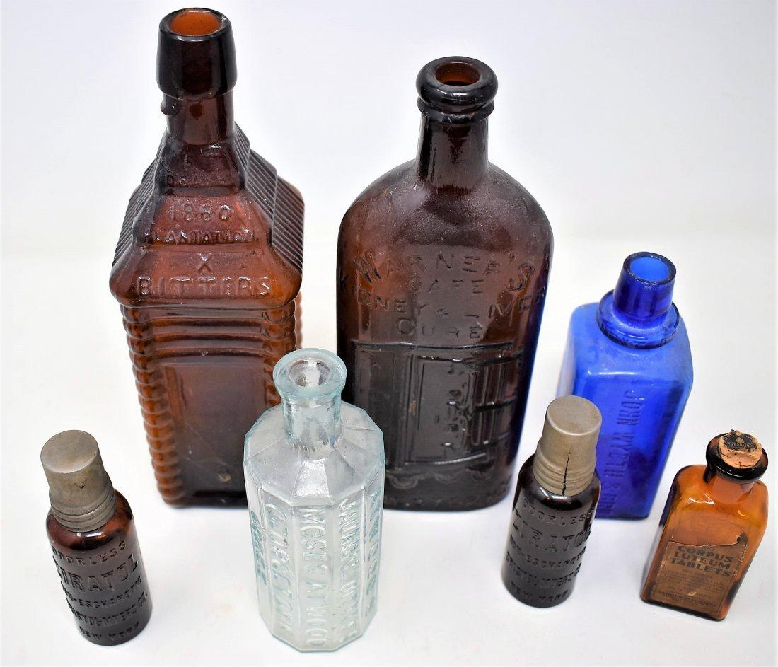 lot of antique & Vintage Medicine & Apothecary Bottles