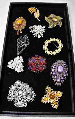 Lot of Costume Jewelry Brooches