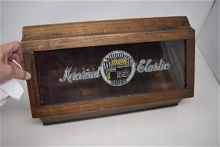 Vintage Laurel Elastic Display Case Advertising