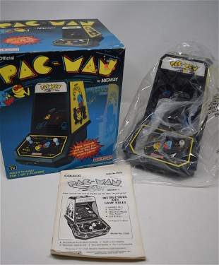 Vintage Coleco Pac-Man Table Top Game Battery Op