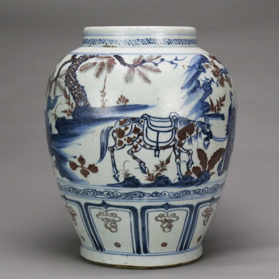 China 15 Century blue and white glazed red ceramic pot - 3