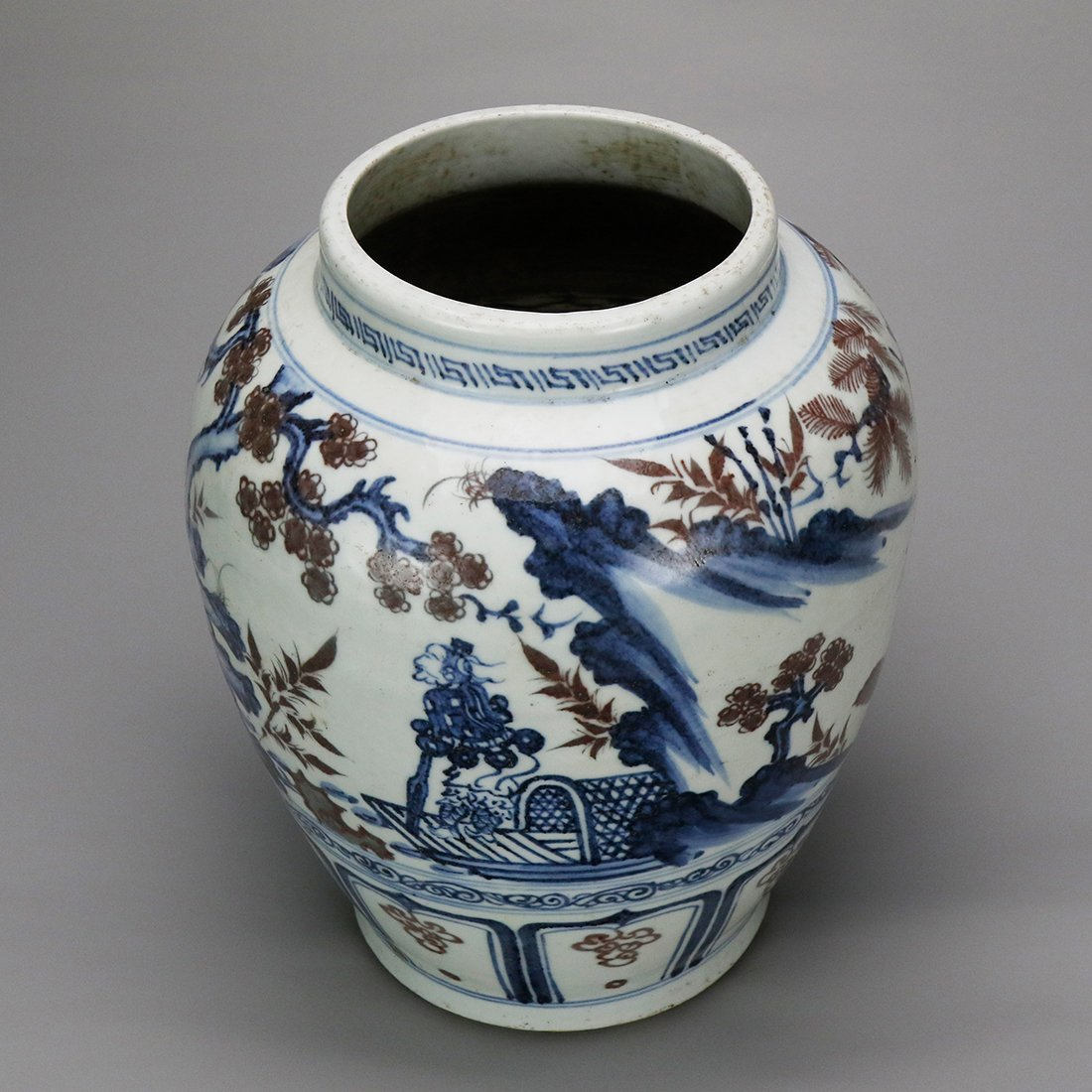 China 15 Century blue and white glazed red ceramic pot - 6
