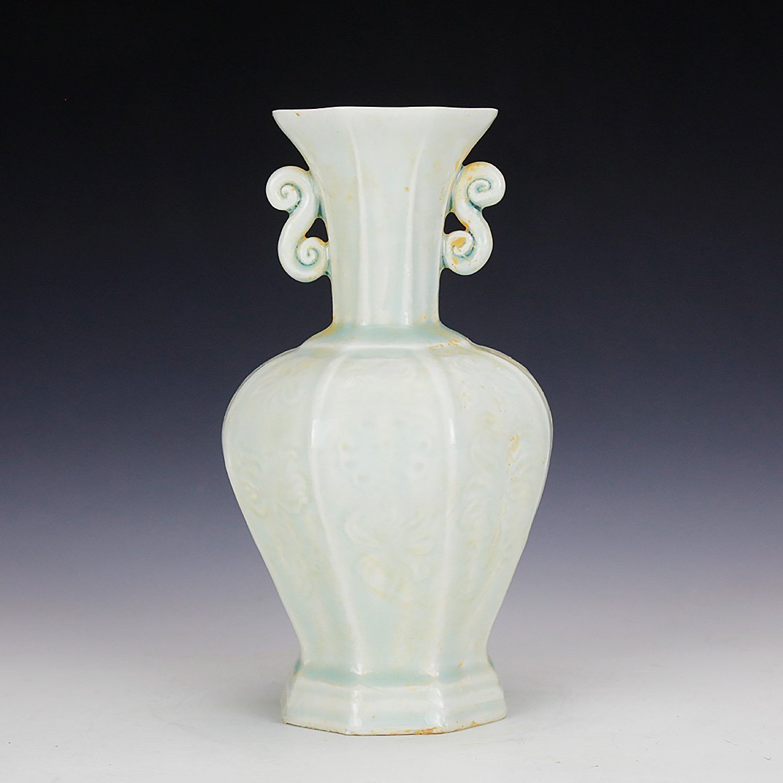 Celadon vase in the Song Dynasty 13 Century - 5