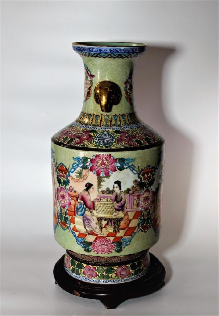 Chinese Qing Dynasty Enameled Porcelain Vase - 5