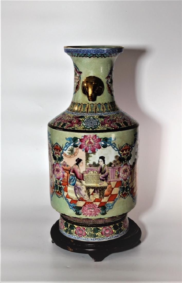 Chinese Qing Dynasty Enameled Porcelain Vase - 6