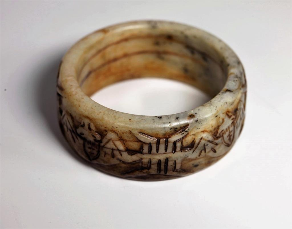 Ancient Chinese Han Dynasty Hetian Jade carved bangle