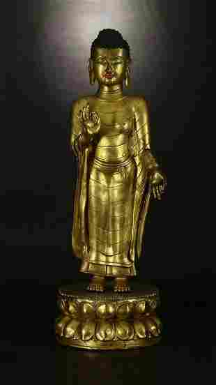 Qing Dynasty gilt Bronze Sakamuni statue
