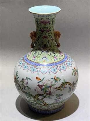 Qing Qianlong fencai pomegranate pattern like ear