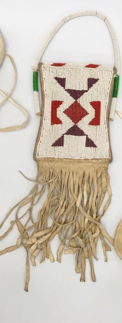 Vintage Navajo Siox Indian, Beaded Leather Pouch