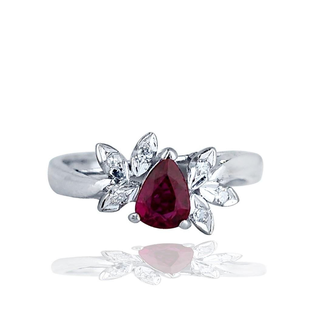 18 karat, White gold Diamond and Ruby Ring