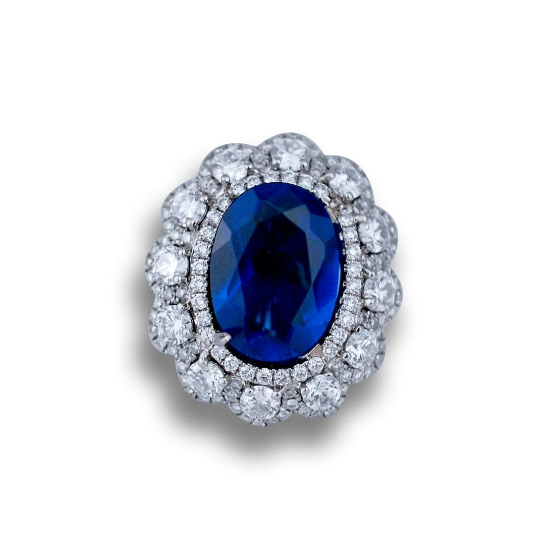 Stunning 4 Ct. Diamond Ring With Blue Sapphire set in a - 2