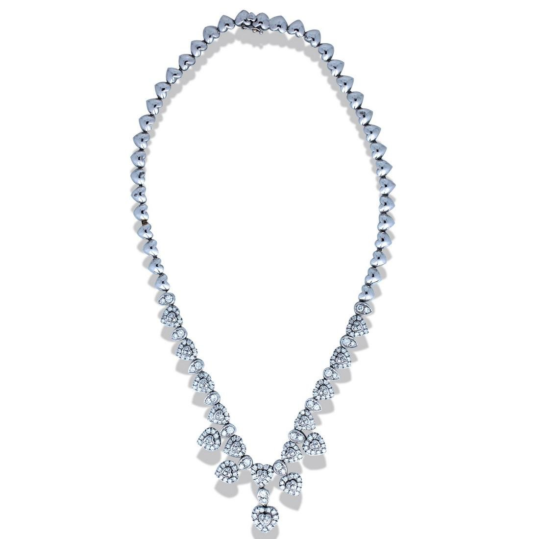 Beautiful, Heart Diamond Necklace Weighing 6.50 Carats,