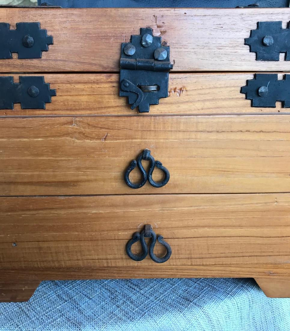 Old Handmade Box, Iron handled 17.5 x 14.5 with dove - 4