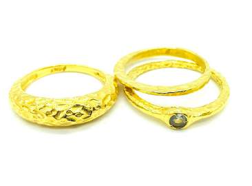 3 Stackable rings, Cubic Zerconia Hamered Style, Yellow