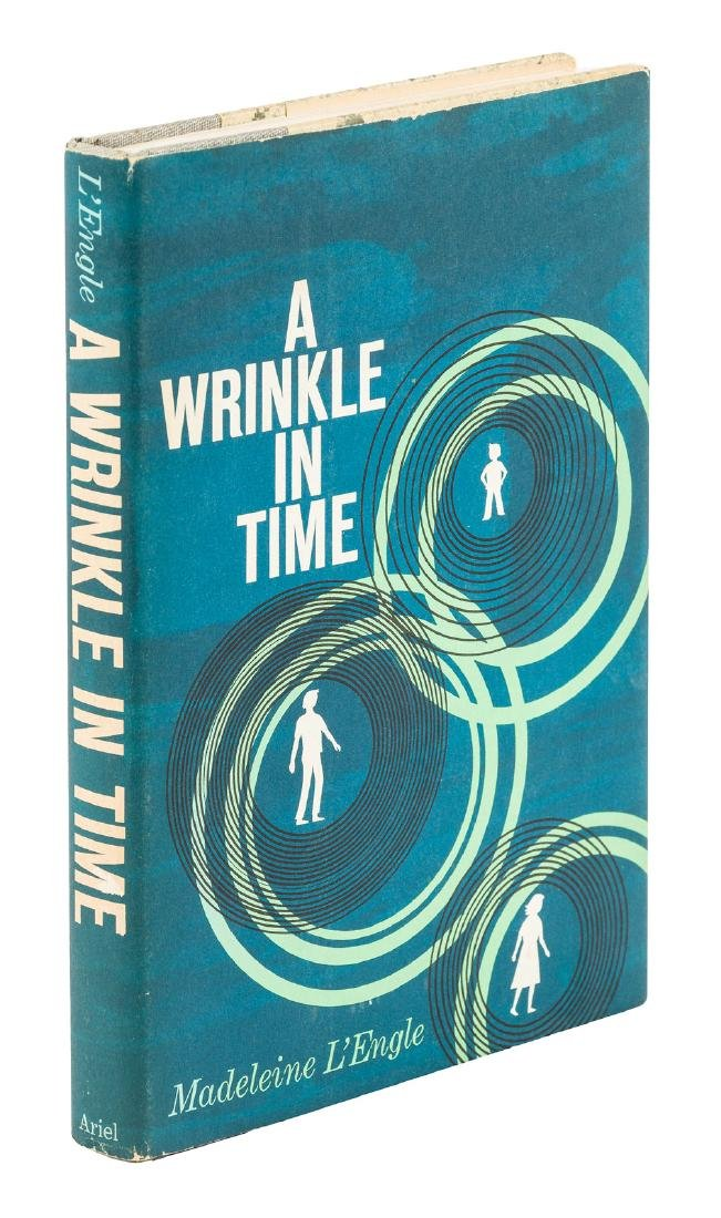 L'Engle A Wrinkle in Time First Edition in dj