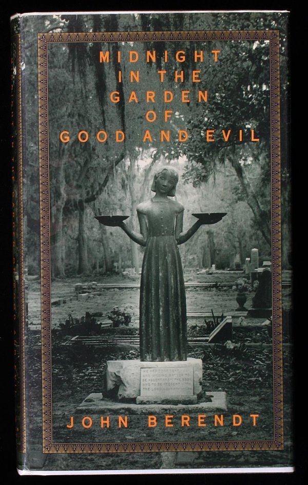 2015: Midnight in the Garden of Good and Evil. A Savann