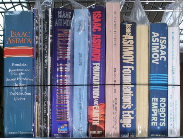 10: Lot of 9 Foundation books, plus 5 Sci-Fi auction ca