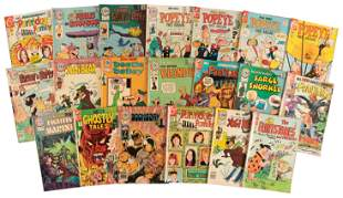 Charlton: Lot of 19 Comics * 1970s