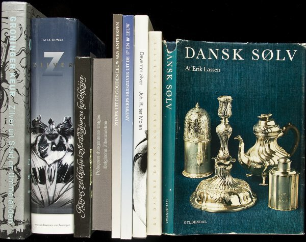 16: 36 books on silver written in 7 languages