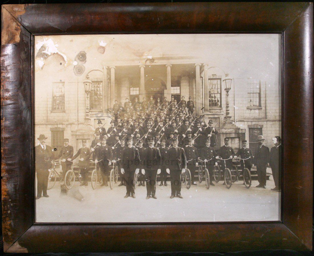 18: Gelatin silver print of Atlanta Police Force